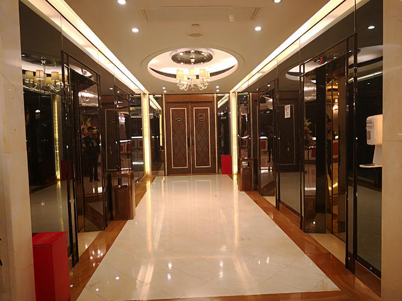 Thumbs-Up colorful stainless steel plate sizes manufacturer for lobby